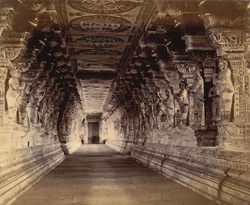 Colonnade of the Ramalingeshvara Temple, Rameswaram